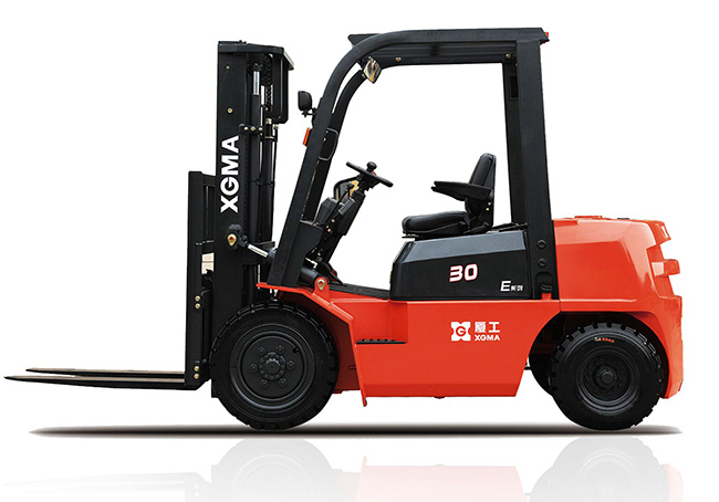 XG530-D5/XG530-DT5厦工E系列3.0吨内燃平衡重式叉车