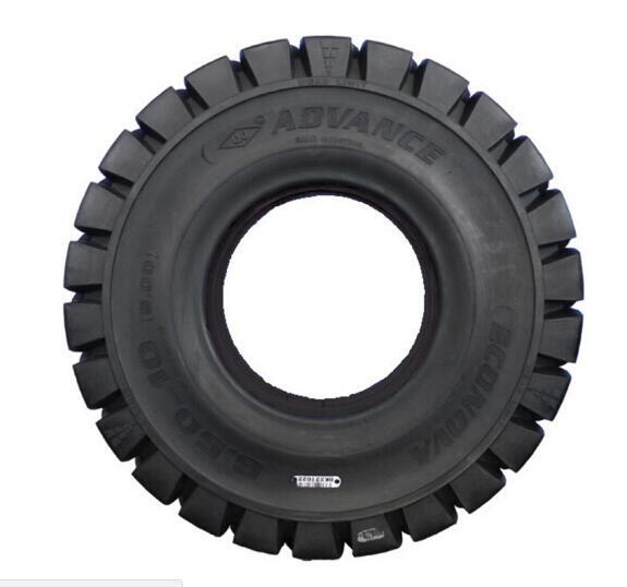 前进轮胎叉车实心轮胎