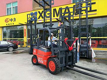 厦门市某吊装搬运有限公司采购厦工3吨叉车