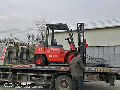 厦门某金属工程有限公司采购厦工CPC30叉车一台