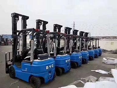 7台柴油叉车全部置换成比亚迪新能源叉车